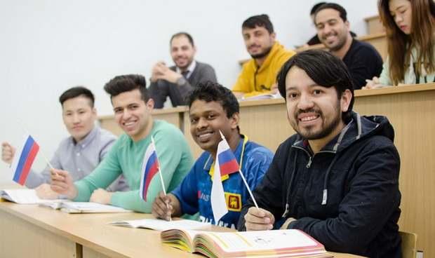 В Госдуме призвали разрешить въезд иностранным студентам
