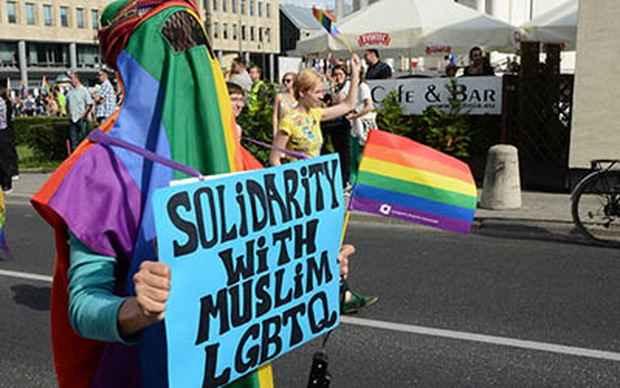 Большинство мусульман США поддерживают гомосексуализм