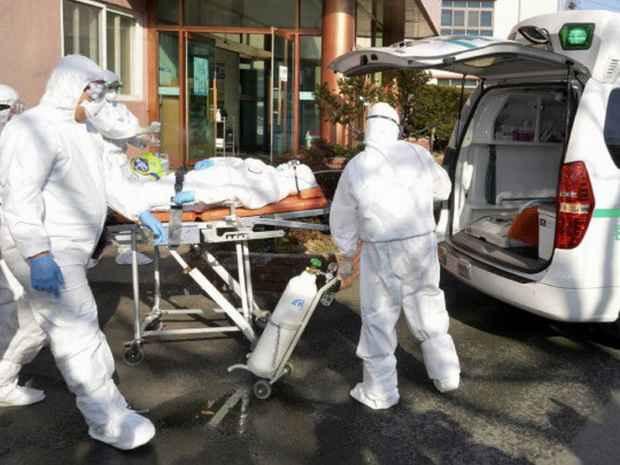 За пределами Китая коронавирус стал распространяться еще быстрее