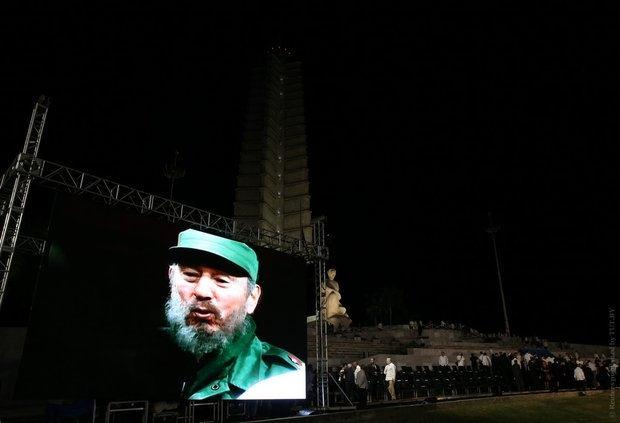 На Кубе запретят называть улицы и ставить памятники в честь Кастро