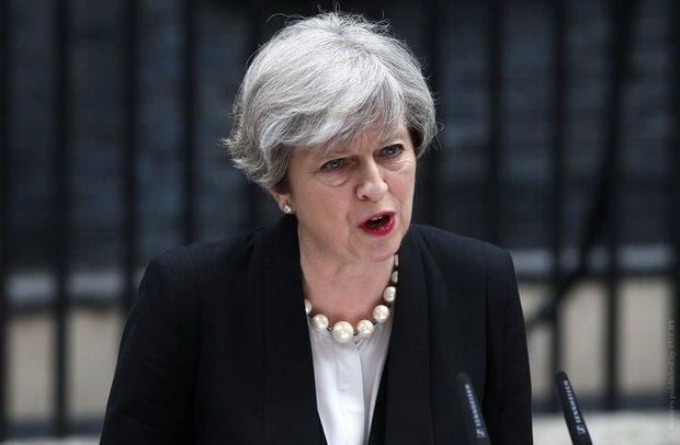 Тереза Мэй обратилась к британцам