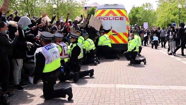 britaniya_protest2