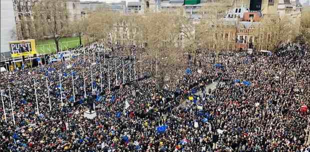 Миллион британцев вышли на марш в Лондоне за новый референдум по Brexit