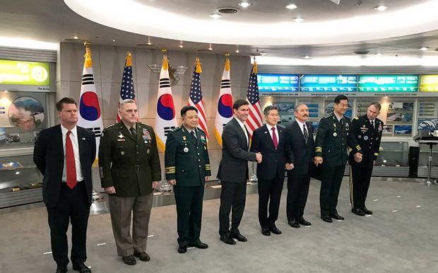 """глава Пентагона отметил, что будущие решения могут быть скорректированы """"в соответствии с нуждами дипломатии""""."""
