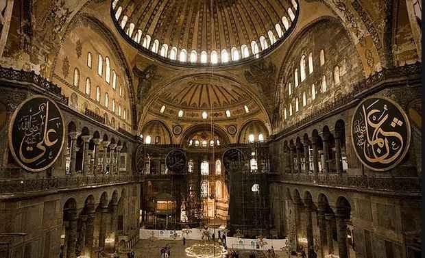 В соборе святой Софии в Стамбуле обнаружили трещины