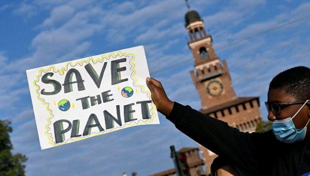 Мировые лидеры летят в Британию спасать планету от потепления